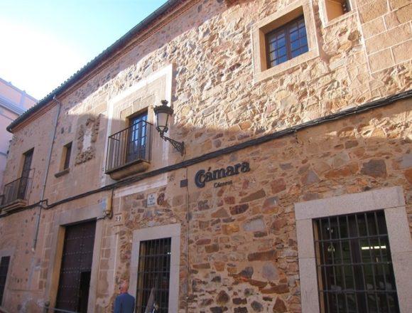Cámara de Comercio de Cáceres reclama la renovación de los ERTE para frenar la sangría empresarial generada por la Covid-19
