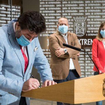 CREEX firma con la Junta y los sindicatos un Plan de Prevención de Riesgos Laborales orientado a la salud de los trabajadores y la competitividad