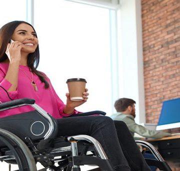 Más de 204.000 mujeres con discapacidad trabajan en España