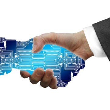 La Junta busca empresas extremeñas preparadas para trabajar en el proceso de digitalización de la Administración Pública