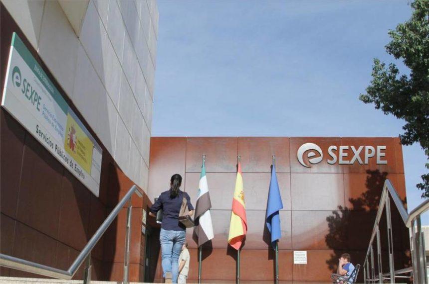 Javier Peinado habla sobre el problema de fondo del empleo en Extremadura (audio)